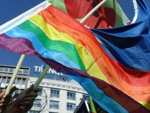 Contra o terror: solidariedade, defesa dos direitos humanos e dos valores universais.
