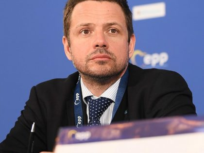 LIVRE pede a forças democráticas na Polónia que apoiem Trzaskowski