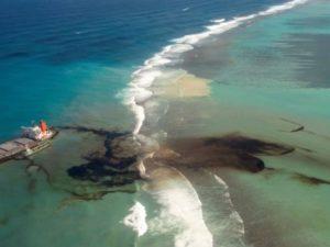 Derrame nas Maurícias: é urgente responder à crise ambiental