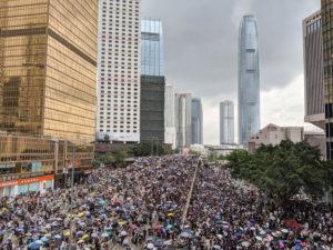 Portugal deve condenar a erosão das instituições democráticas em Hong Kong