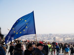 Presidência Portuguesa da UE: Governo evita enfrentar violações dos Direitos Humanos no seio da UE